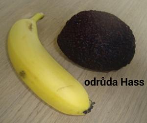 avokado a banan-upraveno